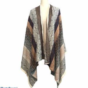 BCBGeneration cape Aztec Poncho Wrap blanket scarf